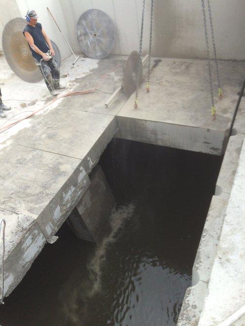 Betonzaagwerken zagen in beton betonboringen marc for Trapgat maken in beton